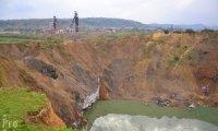 Унікальне Закарпатське Солотвино продовжує йти під землю
