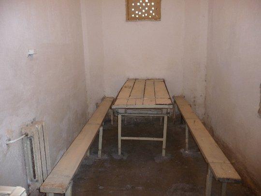 В камерах не вистачає світла, води та повітря:  життя закарпатських в'язнів