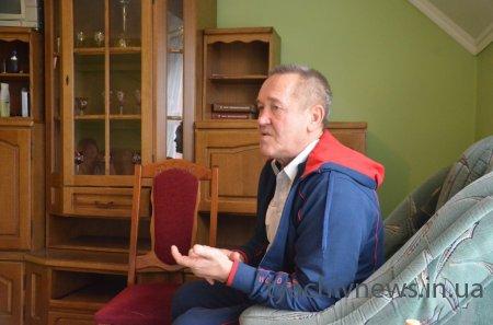 «Лікар від Бога»: на Тячівщину приїхав відомий травматолог-костоправ Віктор Степанов
