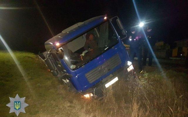 На Закарпатті у ДТП потрапив нетверезий водій вантажівки