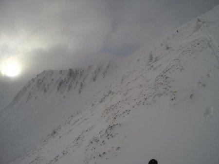 У Карпатах звели справжнє іглу зі снігу / ФОТО