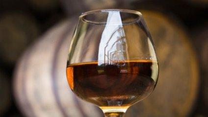 Дієтологи склали рейтинг алкоголю: від корисного до шкідливого