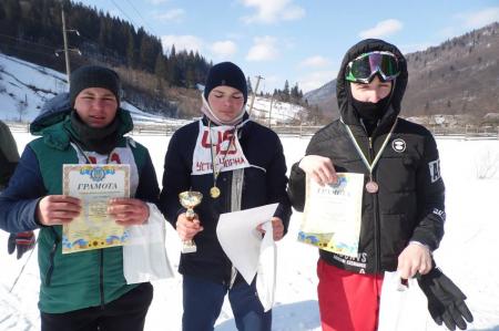 На Тячівшині відбулося зимове спортивне свято серед школярів (ФОТО)