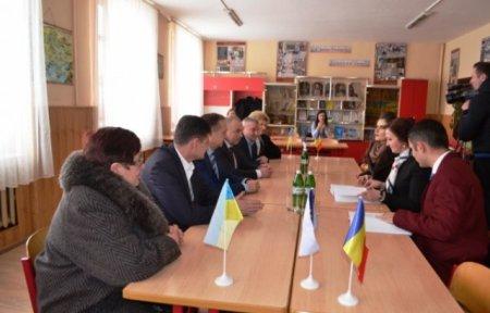 Міністр румунів звідусіль Наталія-Елена Інтотеро відвідала Тячівщину (ФОТО)