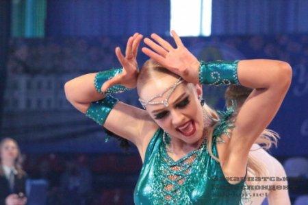 Граційні рухи та досконала пластика: в Ужгороді стартували міжнародні танцювальні змагання (ФОТОРЕПОРТАЖ)