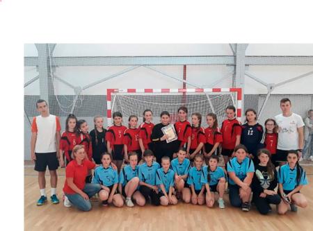Тячівські гандболістки перемогли у першості області (ФОТО)