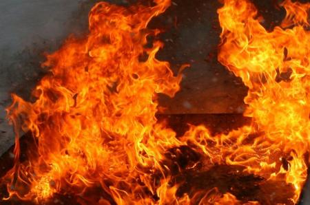 У Тячеві горіла надвірна споруда