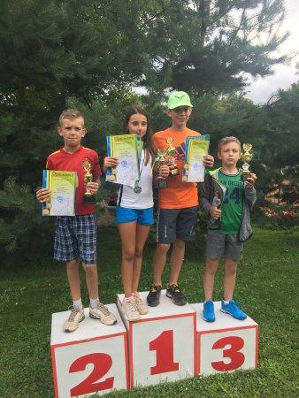 Черговий турнір Федерації  тенісу України 2-ї категорії  під назвою «Літні канікули»  відбувся на кортах Тячівської ДЮСШ