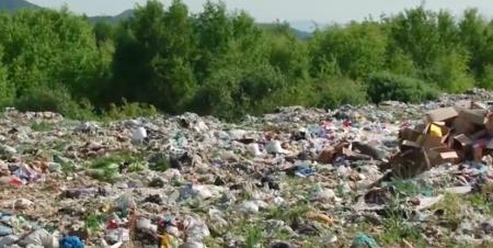 На Закарпатті селяни вимушені створювати стихійні звалища сміття? (ВІДЕО)