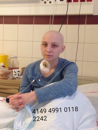 Допоможемо разом: молода закарпатка бореться з лейкемією