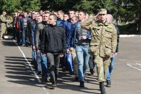 Призов на строкову службу з 18 та 19-ти років буде добровільним – Міністр оборони України